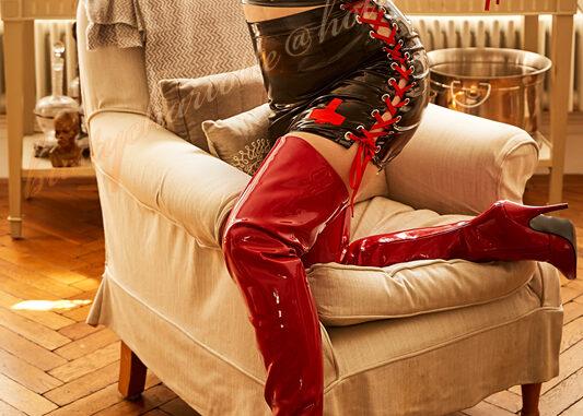 London Mistress Charlotte