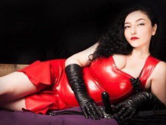 London Mistress Clarissa